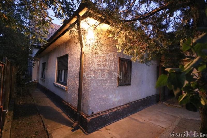 Dunaharasztin eladó családi ház