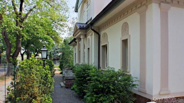 Elegáns villa Balatonfüreden