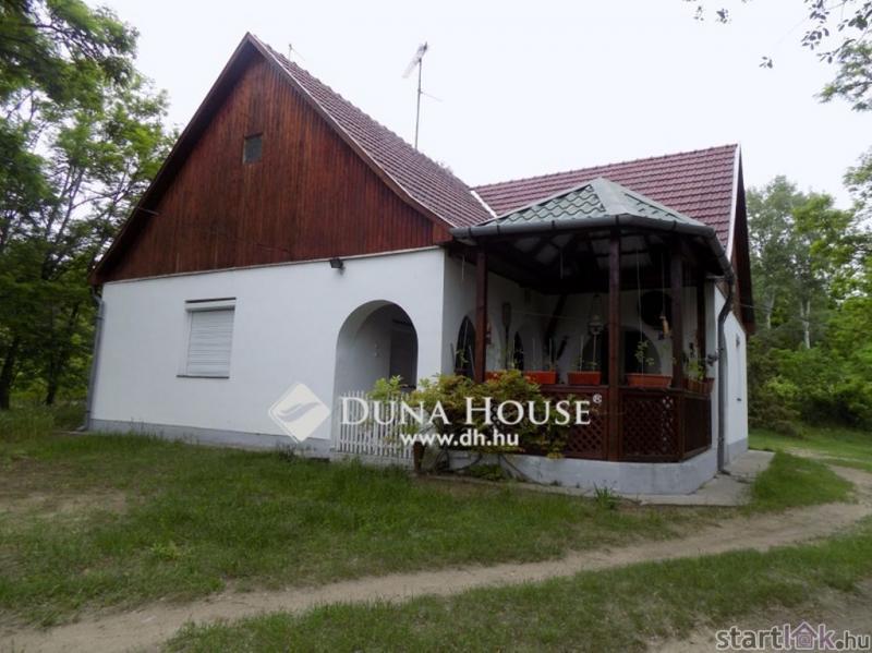 Hangulatos tanya Debrecenhez közel