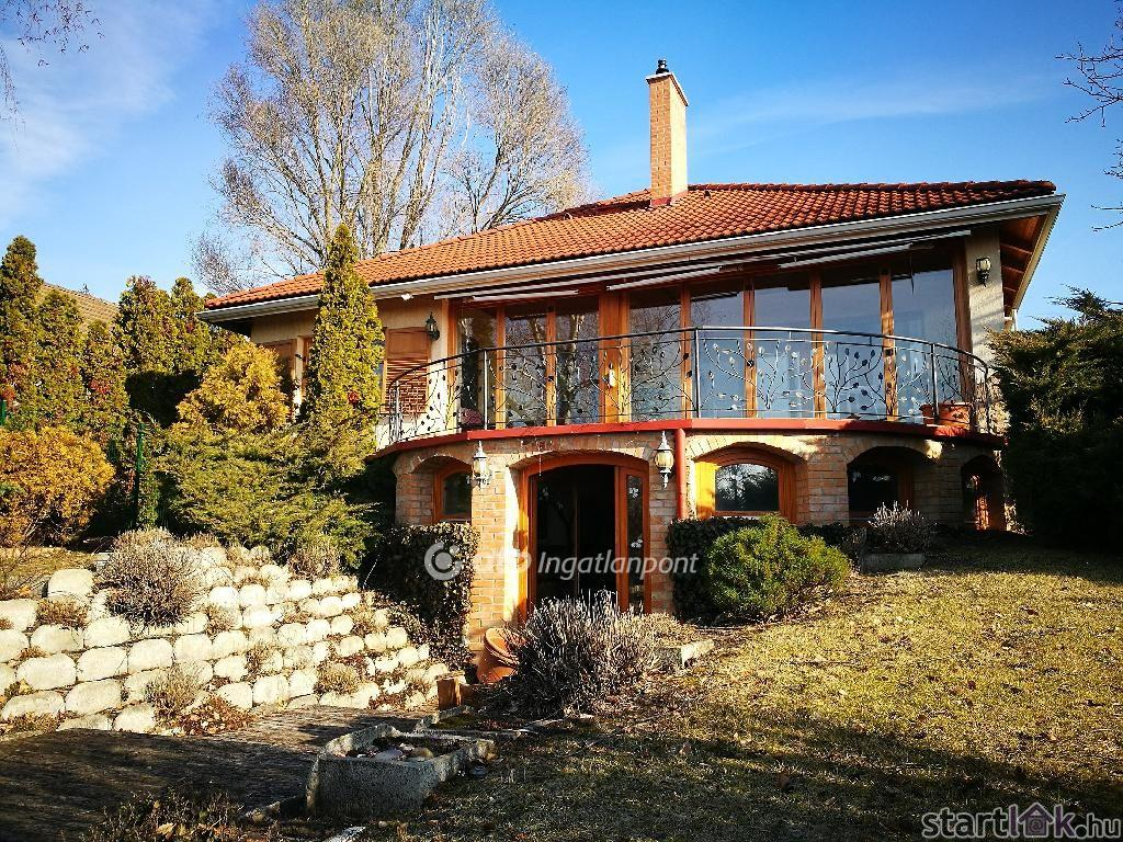Luxus családi ház Őrbottyán